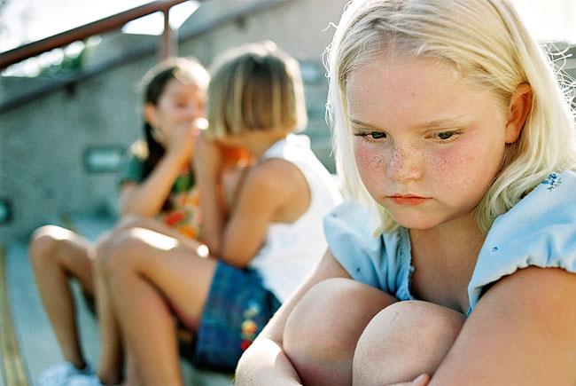 ბულინგის პრევენცია სახლიდან იწყება - როგორ დავეხმაროთ ბავშვს ბულინგთან და სტრესთან გამკლავებაში