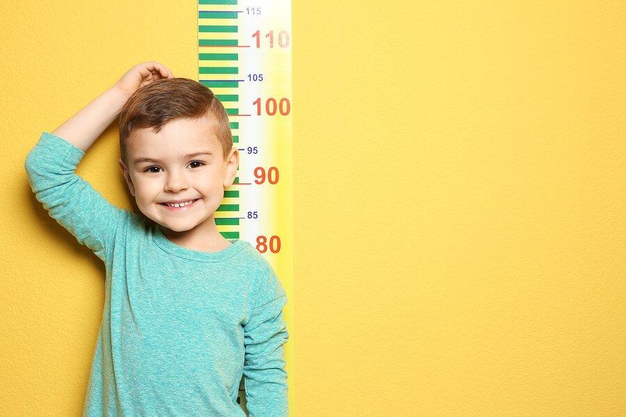 როგორ ვაკონტროლოთ ბავშვების სიმაღლე და წონა