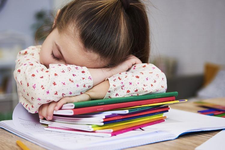 გავუშვათ თუ არა სკოლაში ბავშვი, თუ ის ავადაა?