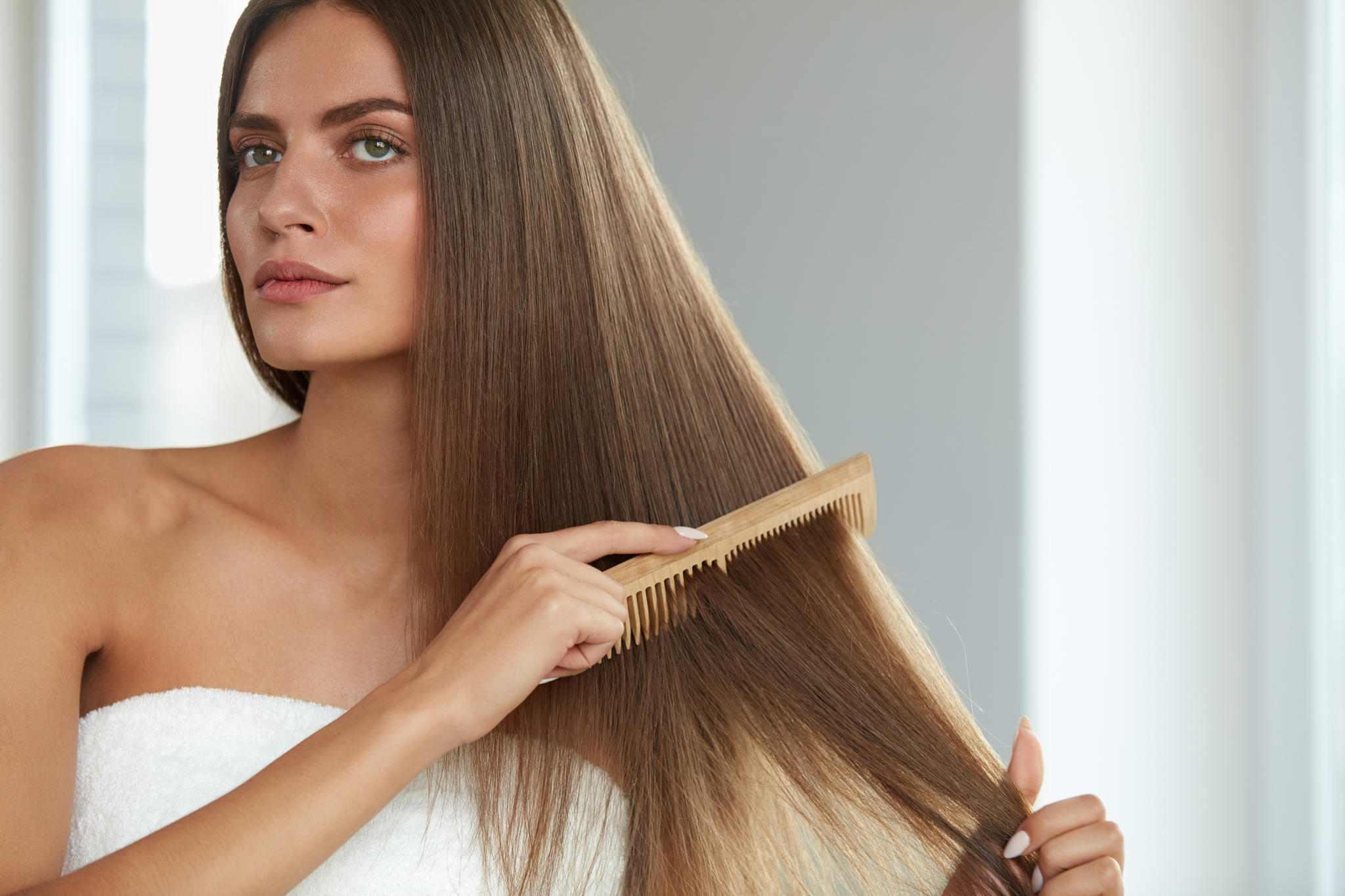"""""""თმის ცვენის საწინააღმდეგო შამპუნი ბუნებაში არ არსებობს, არ მოტყუვდეთ"""" - თმის მოვლის 10 რეკომენდაცია დერმატოლოგ ზაზა თელიასგან"""