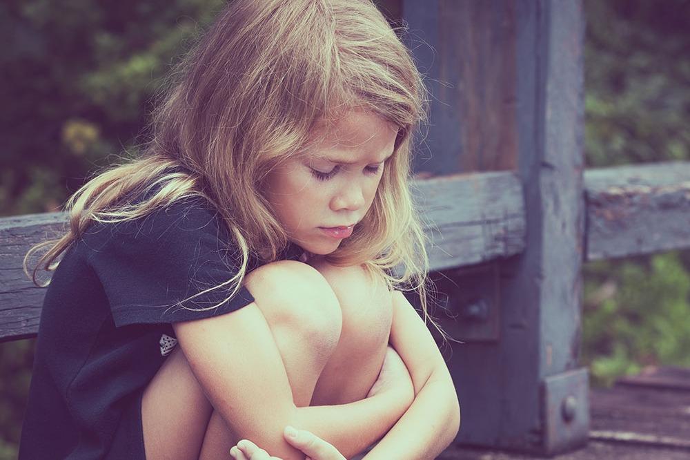 თუ ბავშვს რცხვენია, დისკომფორტს უქმნის ან თრგუნავს არასასურველი თმა, უბრალოდ მოვაშოროთ ის - ან გაპარსვით ან სხვა მეთოდებით